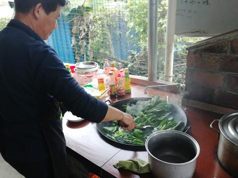 柴火自助炒青菜